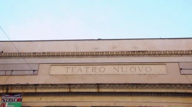 VERONA ITALY - CIRCA DECEMBER 2013: Facade of Teatro Nuovo — Stockvideo