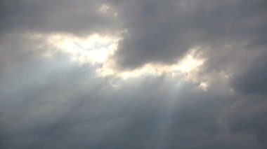 Timelapse clouds with sun-rays 05 — Vídeo Stock