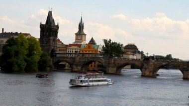 Prague The Charles Bridge 17 — Wideo stockowe