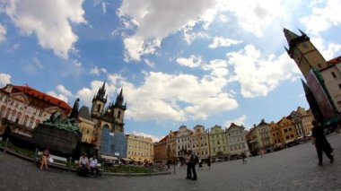 Prague Old Town Square 46 — Stockvideo