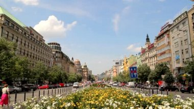 プラハのヴァーツラフ広場 31 — ストックビデオ