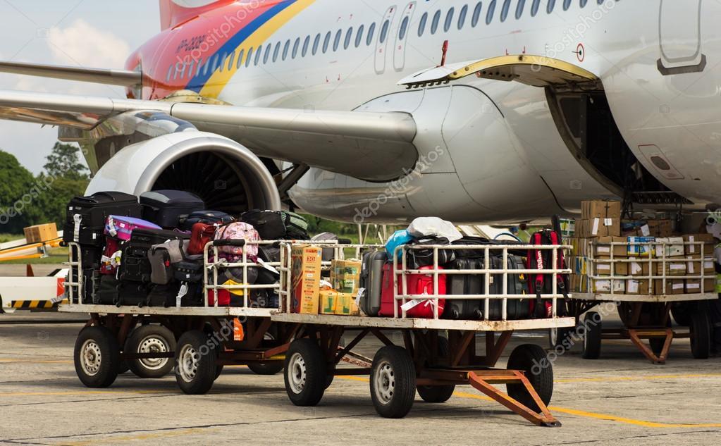 飞机货物 — 图库照片08h3k27#12863723