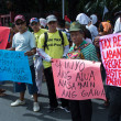Protests staged over Philippines anti-Sin tax bill — Stock Photo