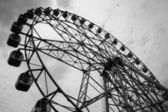 Ferris wheel in black white — Stock Photo