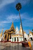 Beautiful gold temple pavilion encircling the main pagoda of Shwedagon, Yangon, Myanmar. — Stock Photo
