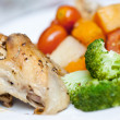 Delicious roast chicken with broccoli — Stock Photo #19825061