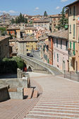 Overview of the city of Perugia and the ancient Roman aqueduct — Stock Photo