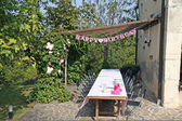 Happy Birthday to a little girl's birthday and the table — Foto Stock