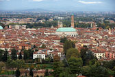 View of the city of Vicenza with the basilica palladiana — Stock Photo
