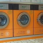 Electronic automatic washing machines for washing the laundry — Stock Photo #14222101