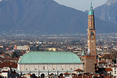 Panorama of the city of vicenza with the Basilica — Fotografia Stock