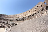 Interior of the Colosseum ancient Roman amphitheatre where brave — Stock Photo