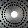 Bright eye of the roof of the pantheon in Rome — Stock Photo