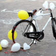 Decorated bicycle to make a joke to two future bride and groom j — Stock Photo #32124615