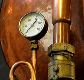 Pressure gauge for measuring pressure in the container — Stock Photo