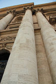 Towering columns of the facade of the Church San Pietro in Vatic — Stock Photo