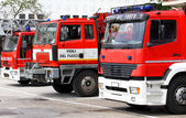 Three trucks of Italian firefighters ready for every emergency i — Stock Photo