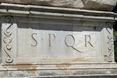 Rome, ROMAN SPQR inscription of the Roman Empire on marble — Stock Photo