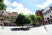 Big square of Jewish ghetto in Venice in Italy — Stock Photo