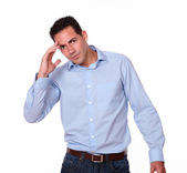 Stress young man with head pain standing — Stockfoto
