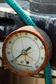 Broken glass psi gauge — Stock Photo