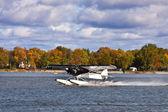 Hidroavião decolar — Fotografia Stock