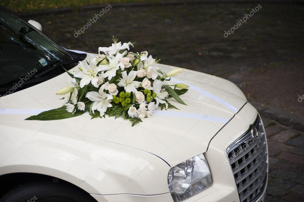 image de voiture weding avec fleurs sur le capot image de vimax001 - Fleurs Capot De Voiture Mariage