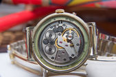 Old watches dusty mechanism selective focus — Stock Photo