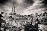 St Emilion village in Bordeaux region, monochrome — Stock Photo