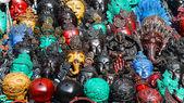 详细信息的各种木制雕刻面具 — 图库照片