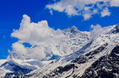 Detail view of Himalayas mountain peak covered in snow — Stock Photo