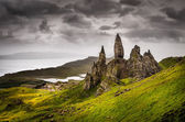 Landscape view of Old Man of Storr rock formation, Scotland — Stock Photo