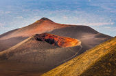 Colorful crater of Etna volcano with Catania in background, Sici — Stock Photo