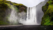 Landscape view of wild Skogafoss waterfall in Iceland — Stock Photo
