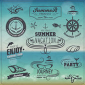 Set of Vintage summer typography design with labels, icons eleme — Stock Vector