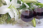 Vinho e flores — Foto Stock