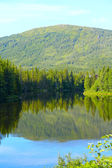 Jezero a hory — Stock fotografie
