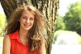 Adolescente sonriente — Foto de Stock
