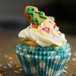 Cupcake with christmas tree — Stock Photo