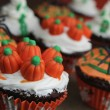 Halloween cupcake — Stock Photo #13735580