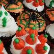 Halloween cupcake — Stock Photo #13740256