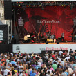 Jazz festival Crowd in Montreal — Stock Photo #13923040