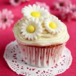 Cupcake with flowers — Foto de Stock