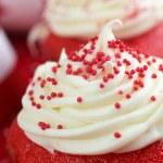 Two red velvet cupcake — Stock Photo #26275967