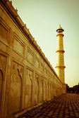 Minaret at Taj Mahal — Stock Photo