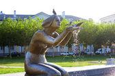 "Novorossiejsk. sculptuur-fontein ""geven water"" on the waterfront... — Stockfoto"