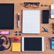The contents of a business workspace organized and composed.  — 图库照片