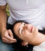 знакомства - счастливая молодая пара — Стоковое фото