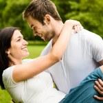 giovane coppia in amore insieme — Foto Stock