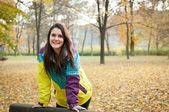 秋の若い女性の肖像画 — 图库照片